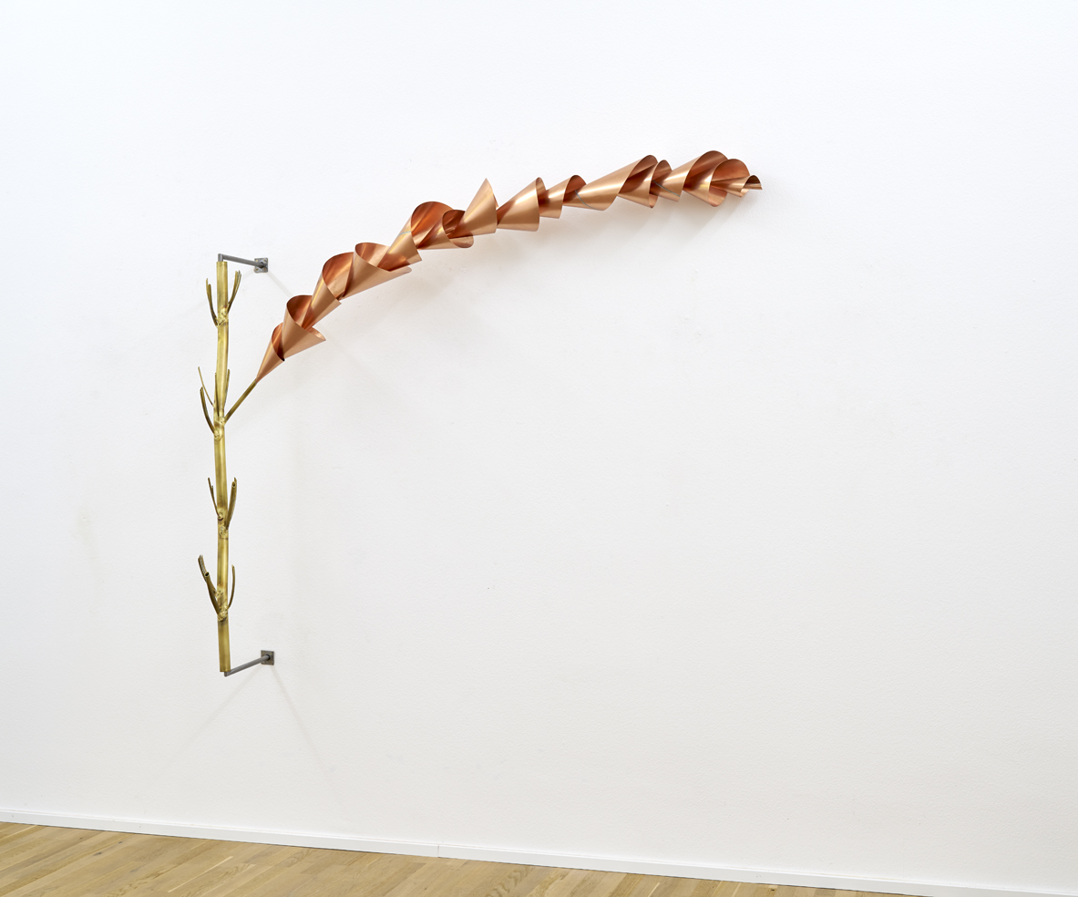 Touch of Spiral  Branch - Messing, Kupfer, Eisen - 2014 - 180 x 190 x 35 cm